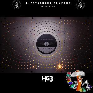 Electronaut M63 top